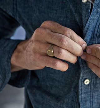 Pin by Keefe DEMPSEY on Cool in 2019  Mens gold signet rings Mens gold rings Plain gold ring