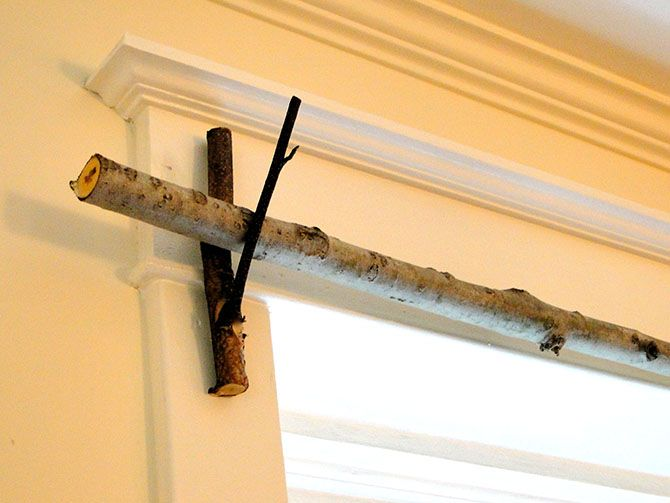 Curtain Rod made from twigs - This site has 15 Ways to Decorate with TWIGS