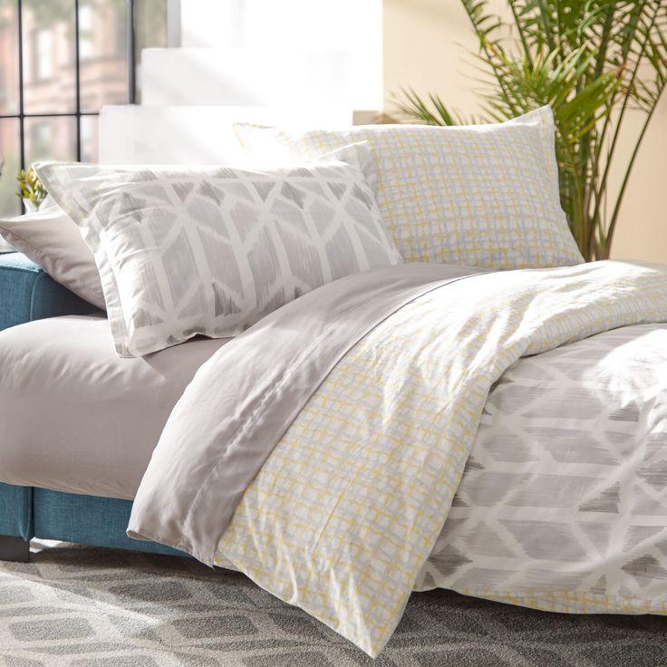 Mercury Row Iris Yellow Comforter Set