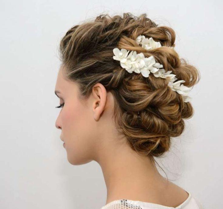 Idee acconciature da sposa per capelli medi  (Foto 31/41) | PourFemme