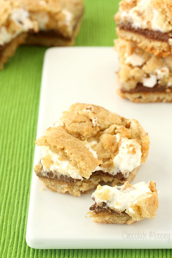 S'mores Cookie Crumb Bars turns the traditional s'mores into an irresistible dessert by replacing the graham crackers with two cookie layers.
