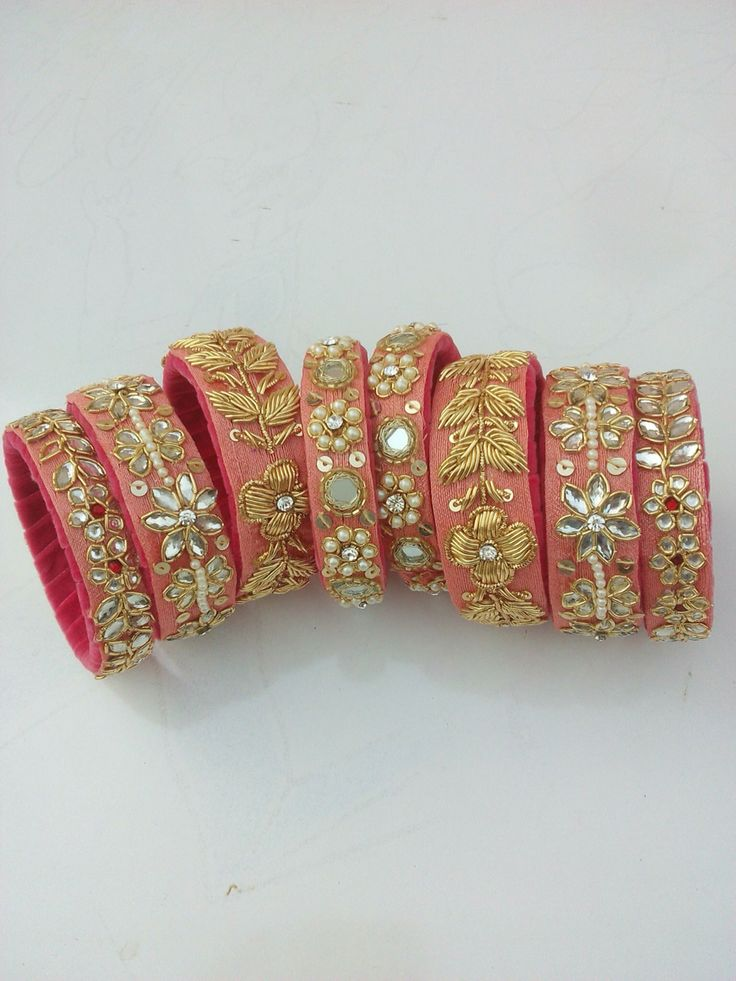 Lovely kangans! Extremely popular among Rajput women who wear colorful kangans and kadas with matching poshaaks
