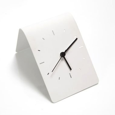 Flipo Clock – Martin Konrad Gloeckle designed this minimalistic clock. Made from powder-coated sheet metal with mini quartz movement. Constructed to be flipped in any direction. #MinimalisticDesign #White #ModernDesign