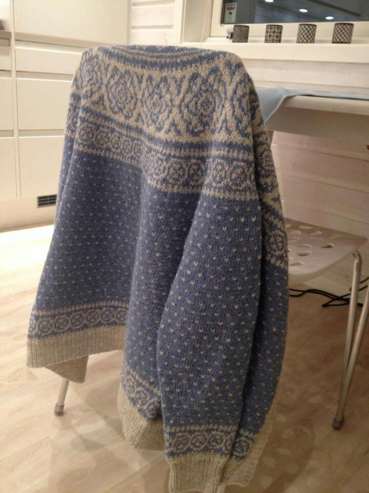 152 best images about Kofter/gensere on Pinterest Fair isles, Free pattern ...
