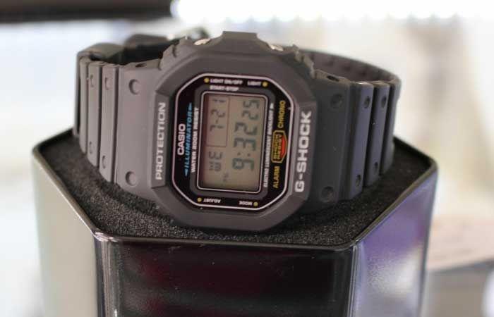 đồng hồ G shock thương hiệu Casio