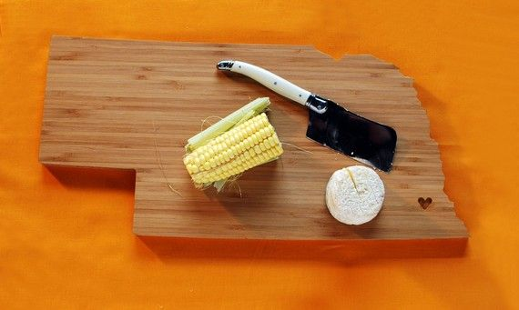 Nebraska bamboo cutting board: Cutting Boards, States Cut, Gifts Ideas, Cut Boards, Aheirloom Nebraska, Nebraska States, Shape Cut, Nebraska Cut, Christmas Gifts
