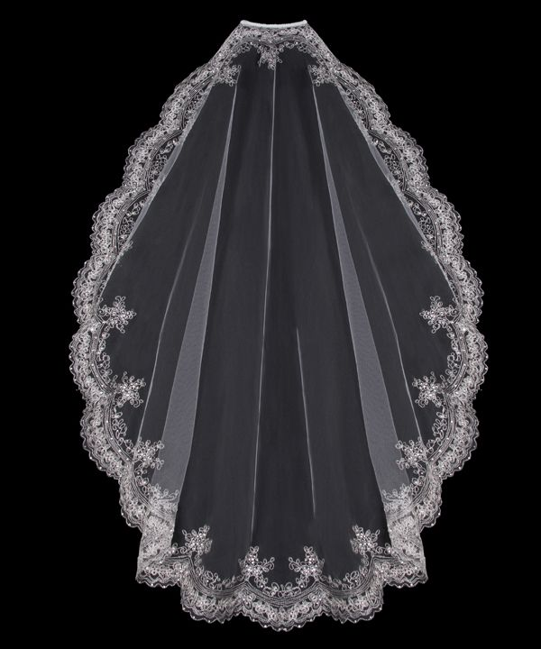 catholic single men in bridal veil Before the second vatican council, the wearing of chapel veils was required for a woman when attending mass, as a symbol of her modesty and humility before god although this practice is no longer required, it is still very much supported and encouraged by the church as a sign of reverence and piety while in the presence of god.