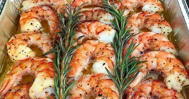 Οι γαρίδες έχουν εύγευστο κρέας, το οποίο είναι περιζήτητο και πλούσιο σε ασβέστιο και πρωτεΐνη, ενώ αποτελεί και πηγή χοληστερόλης.Τ...
