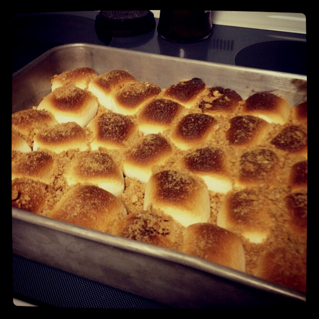 S'mores bars!!! With Brittany, Aimee, and Courtney! :)