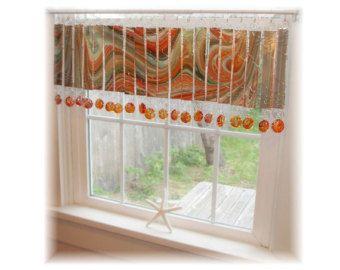 Splashy vase numéro deux vitraux fenêtre traitement cantonnière Rideau