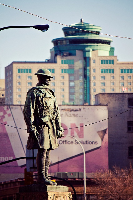 First World War Soldier (Bank of Montreal Memorial) Portage and Main Winnipeg, MB