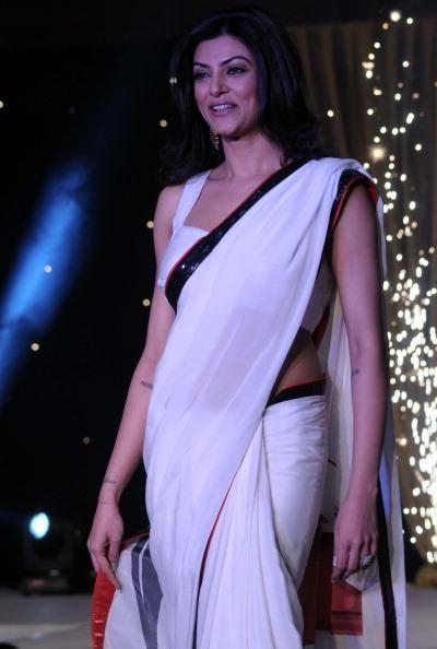 #Bollywood #Fashion #Ethnicinnovation #diva #bollywoodactress #sarees
