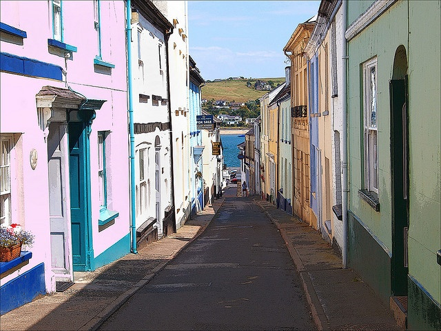 Appledore, looking down to the Quai and the river. Beautiful place to live.