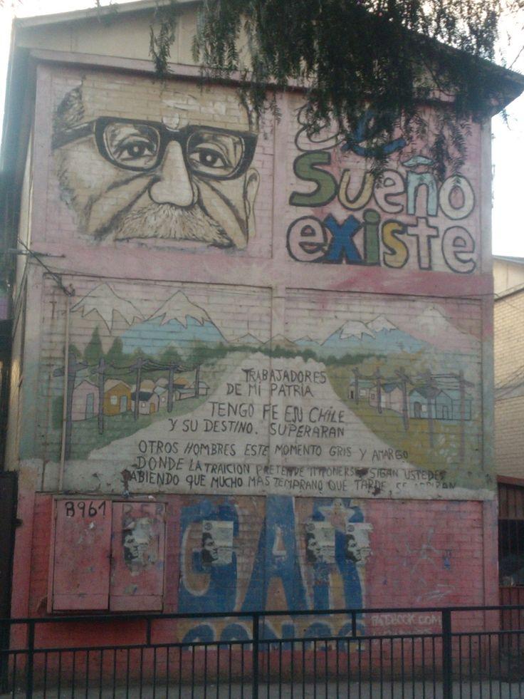 Mural en homenaje a Salvador Allende, Avenida Central con Americo Vespucio, Barrio Chino de Lo Espejo