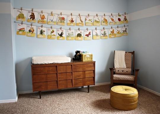 Mid Century Modern Nursery  @Beth Willhite - the cards  are just like cheechops'