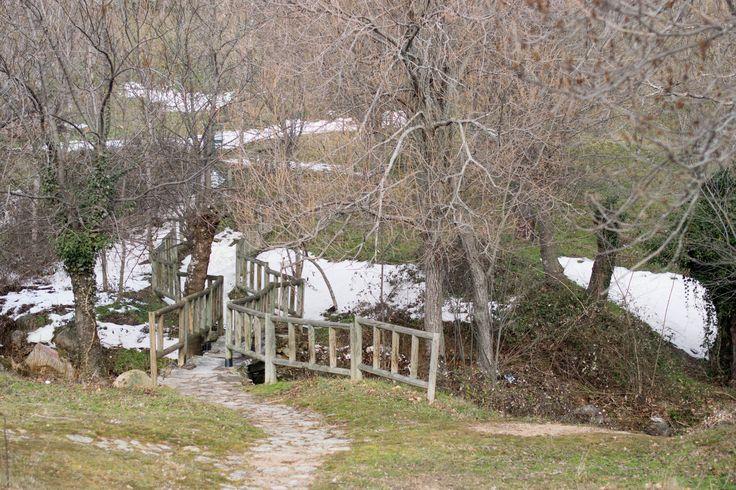 Paisaje de invierno en el Parque Nacional de la Sierra de Guadarrama, en el camino desde #ElBoalo a #Mataelpino.