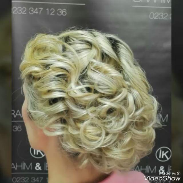 #topuz #kuaför #saç #düğün #nişan #kınasaçı #sarısaç #sarışın #egeünüversitesi #yaşarünüversitesi #doğal #natural #izmir #bornova #alsancak #balçova #bostanlı #mavibahçe #mavişehir #türkiye #hair #hairofinstagram #instagram #instahair #blonde #hairstyle #hairdizayn #like #like4like #like4likes http://turkrazzi.com/ipost/1518788927711223280/?code=BUT0nudBh3w