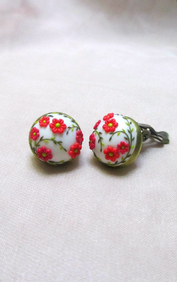 Hey, I found this really awesome Etsy listing at https://www.etsy.com/listing/227778262/red-flower-spring-garden-cabochon-clip