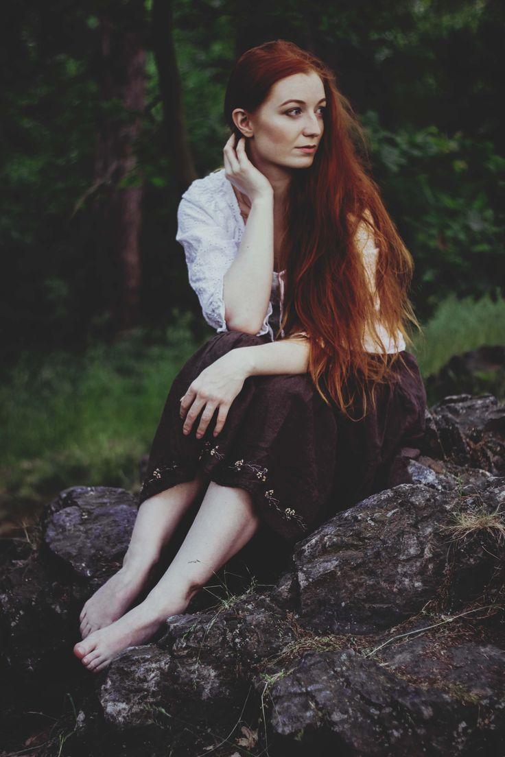 2017 | na čekané #portrait #photography #photoshoot #inexpertphoto #mood #moodphoto #moodphotography #model #photomodel #czechgirl #portrétnífotografie #ginger #zrzka #readhead #pihy #freckle #beautiful #mystery #secret #reverie #snění #sen #dream