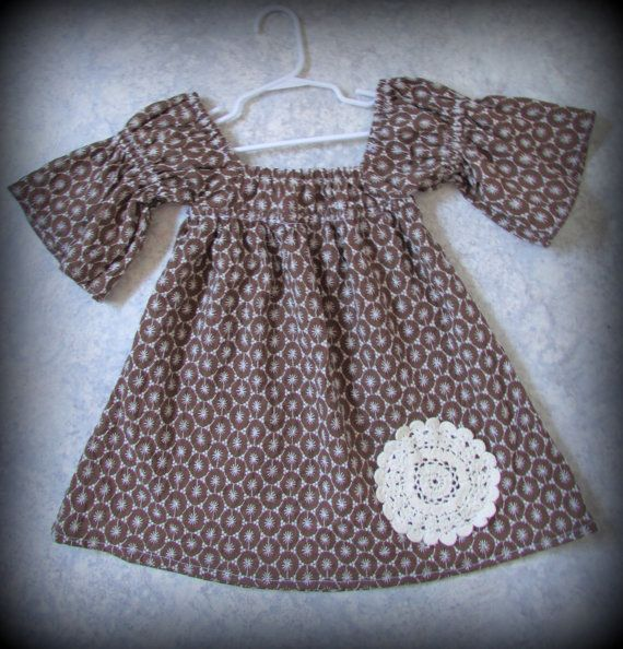 *Brown and cream 3/4 sleeve dress with crochet detail. Very retro style and fabric!    *European sizing suits for 98 - 104 cm tall girl    *I make