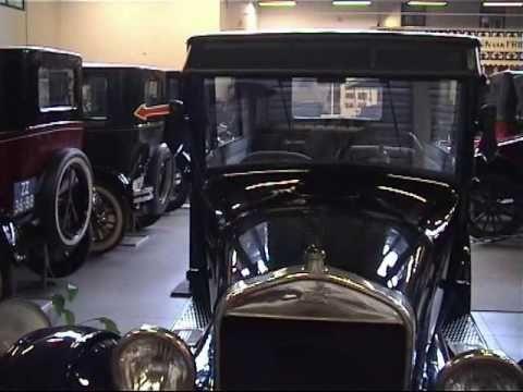 De olieman heeft een Fordje opgedaan - Ford museum