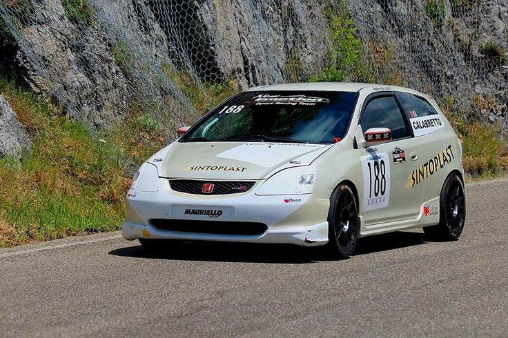 Ruote EVO Corse Sanremo misure 8x17 et38 mozzo 5x114,3 Honda finitura nero opaco (MATT BLACK). #evocorse #sanremo #mattbalck #racing #trackday #racingstart #performance #honda #civictyper #alloywheels #wheelsracing