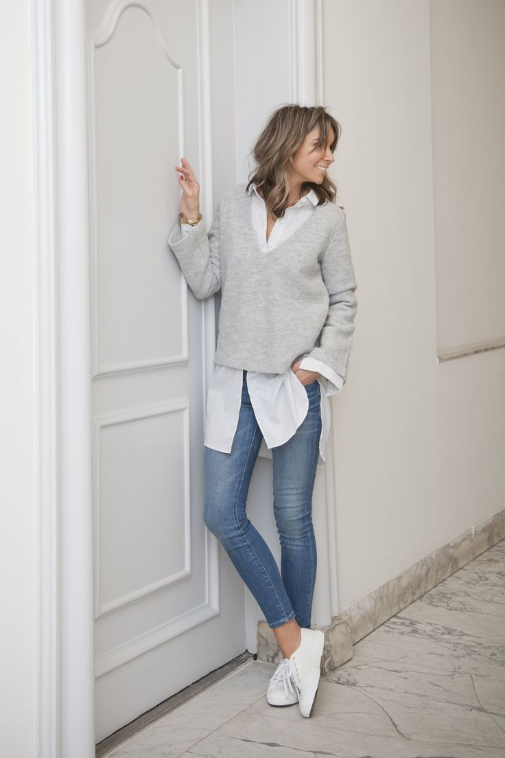 @andwhatelse. Minimalist business casual style outfit