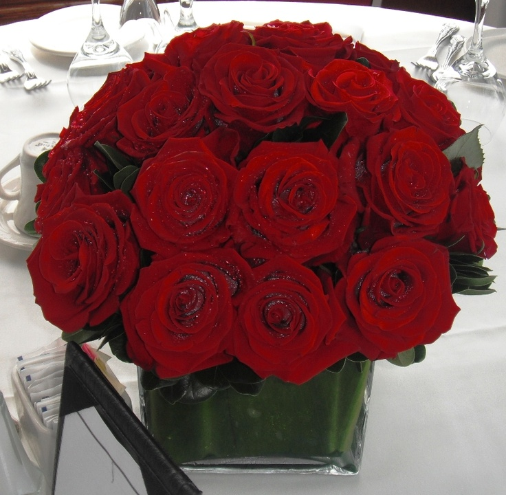 gorgeous simple red rose centerpiece