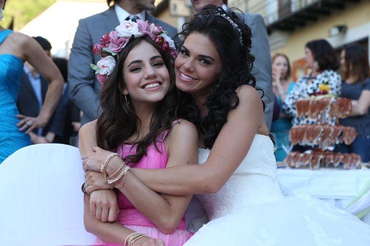 feliz cumpleaños @LiviaBritoP hermosa te deseo lo mejor , te mando muchos besos y abrazos.. te quiero sorellina