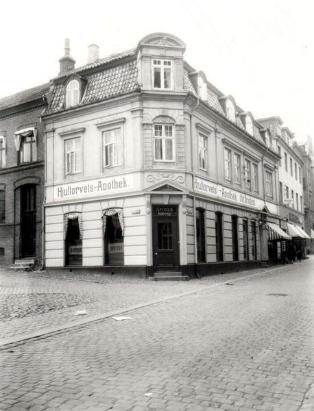 Hjultorvets Apotek anno 1907. I dag har Løve Apoteket til huse på adressen.