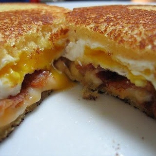 breakfast grilled cheese with bacon and egg
