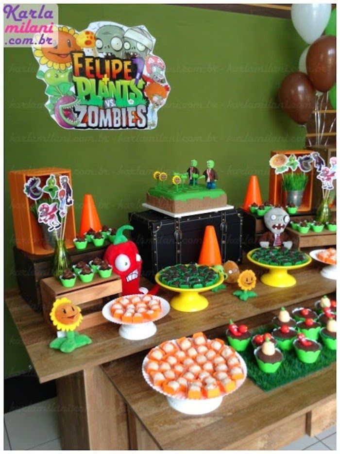 Plants vs. Zombies themed birthday party via Kara's Party Ideas KarasPartyIdeas.com Cakes, decor, desserts, cupcakes, printables, and more! #plantsvszombies #plantsvszombiesparty #karaspartyideas (10)