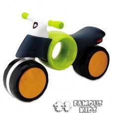 Motocicleta Neomoto verde