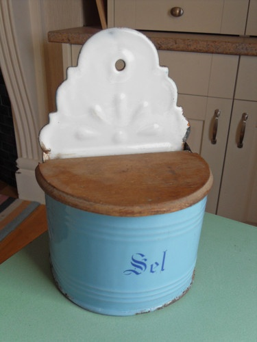 vintage Belgian salt holder