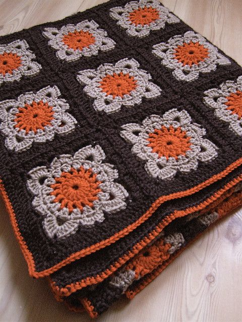 very pretty crochet blanket