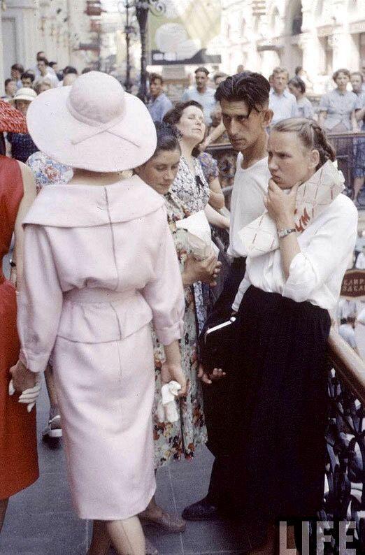Cristian Dior in Moskau 1959