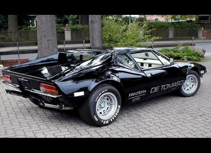 1973 De Tomaso Pantera. This muscle #car was pioneered by Argentinian race #car driver Alejandro De Tomaso, who sought to combine American muscle with Italian charm all in one-sports #car