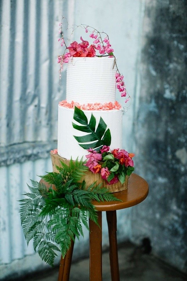 17 Tropical Wedding Cakes Perfect for Summer Weddings via Brit + Co