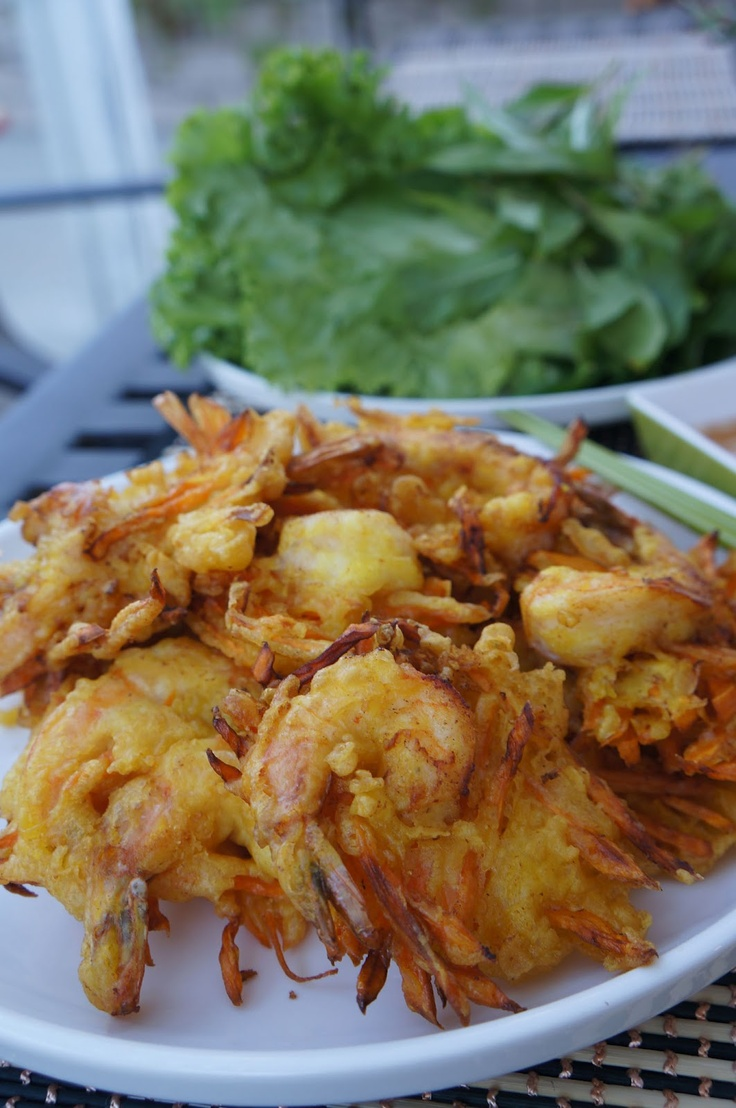 Vietnamese shrimp and sweet potato fritters (Banh tom Co Ngu)
