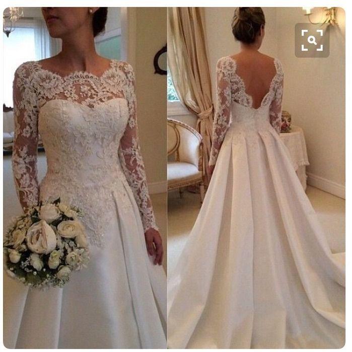 Ich biete ein wunderschönes Brautkleid mit langer Schleppe (120cm) und wunderschönen Spitzendetails an.   Das Kleid ist au...