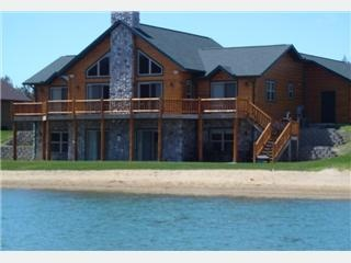 Celtic Lodge at Waterstone on Castle Rock Lake