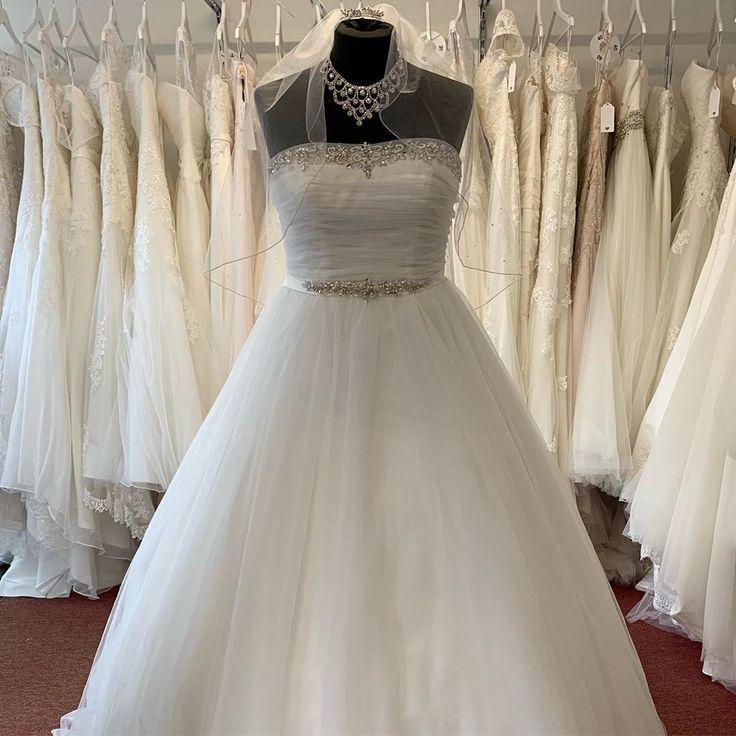 Traumkleid Outlet Braut Und Abendmode Brautkleid Abendkleid Abendkleider Brautkl Mermaid Wedding Dress Wedding Dresses Wedding