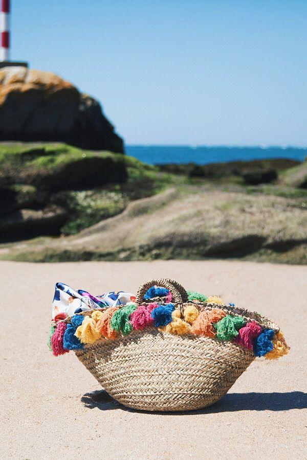 Capazo playa con pompones multicolor