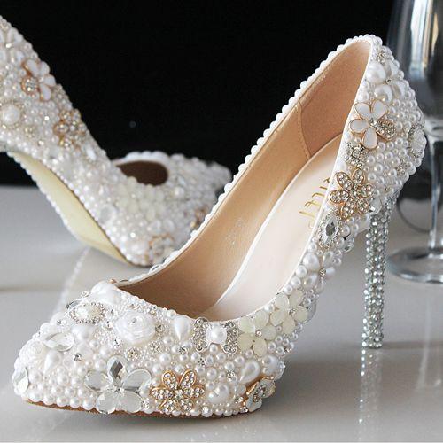 chaussure mariage blanche incrustées perles et strass escarpin de mariée pas cher talons hauts