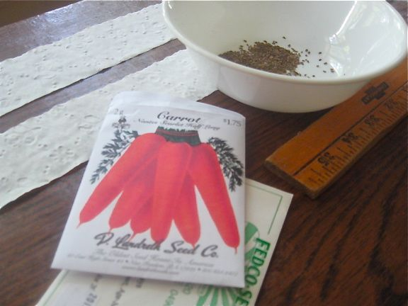 DIY seed tape for tiny seeds...using TOILET PAPER! Great idea! :) Will ...