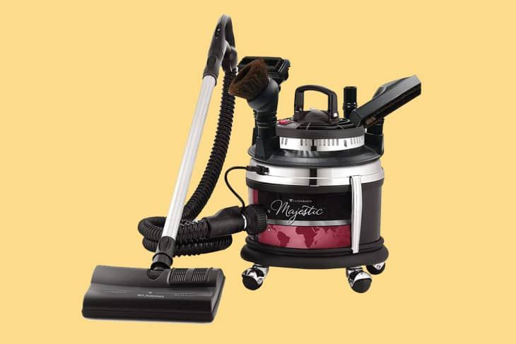 6 People On Reddit With Super Old Vacuum Cleaners Still Going Strong After 30 Years Vacuum Cleaner Vacuum Cleaner Brands Cleaners
