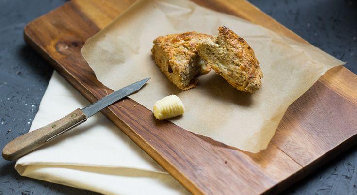 Käse Scones perfekt zum Grillen, die Lunchbox (cheese scones perfekt for BBQ) by Lunch For One