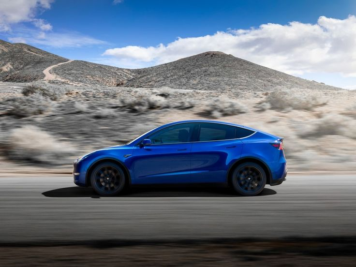 2021 Tesla Model Y First Look Mid size suv, Electric