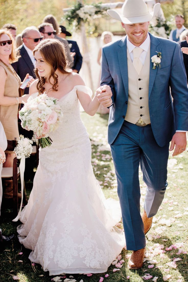Cowboy Weddings For Men Country Weddings In 2020 Cowboy Wedding Attire Wedding Outfit Wedding Groomsmen Attire
