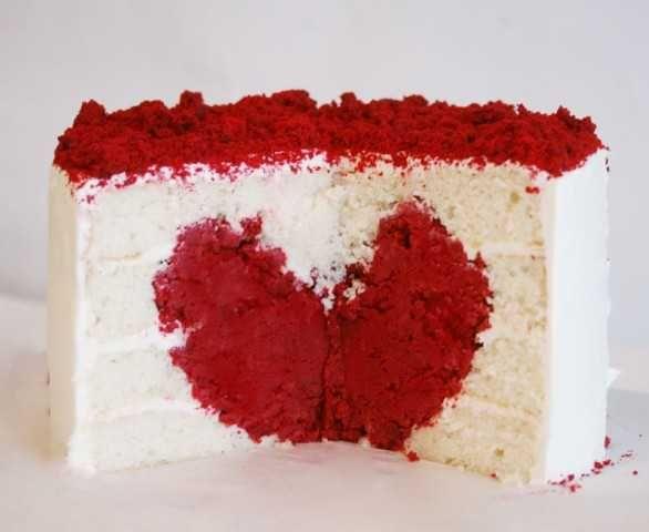 Anniversary ideas...thedatingdivas.comWhite Cake, Cake Recipe, Fun Recipe, Valentine Day, Valentine Cake, Red Velvet, Heartcake, Cake Tutorials, Heart Cakes